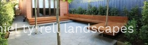 easy to maintain courtyard in Hawthorn